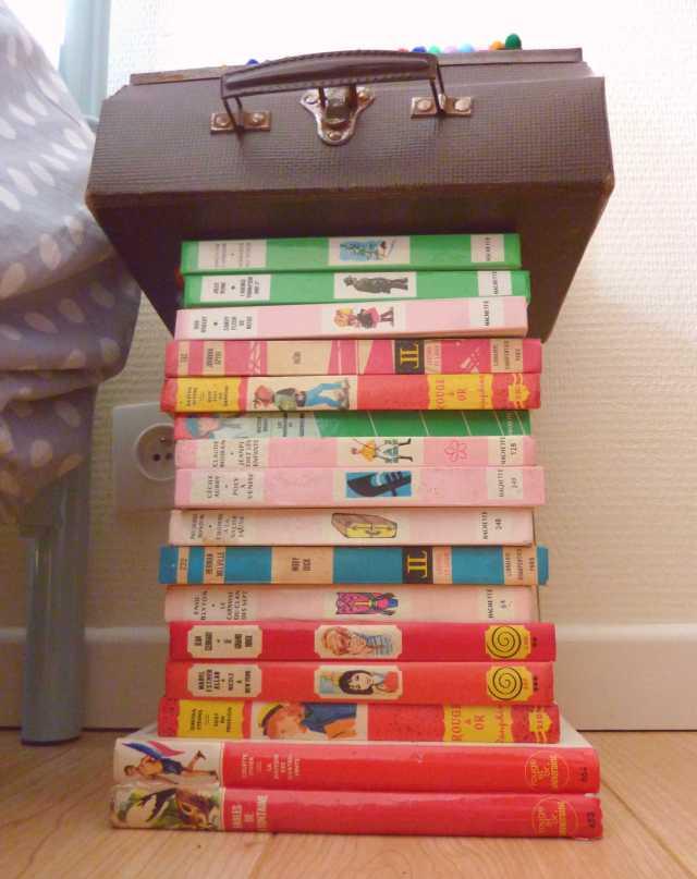 chevet livres vintages