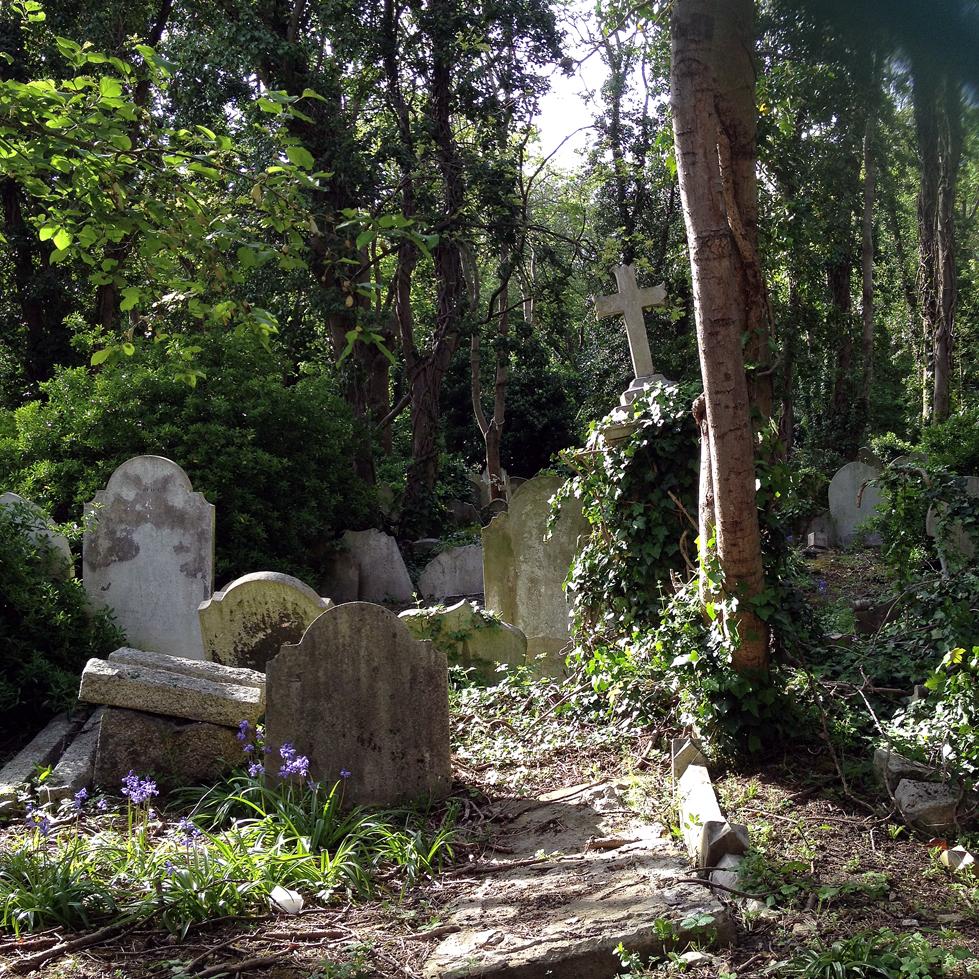 1-Highgate-Cemetery